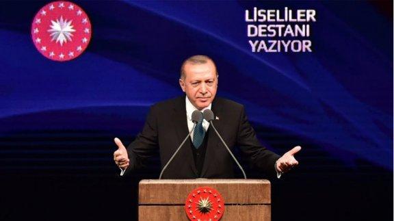 """Cumhurbaşkanımız Sayın Recep Tayyip Erdoğan ve Bakanımız Sayın İsmet Yılmaz, """"Liseliler Destanı Yazıyor"""" yarışmasının ödül törenine katıldı"""